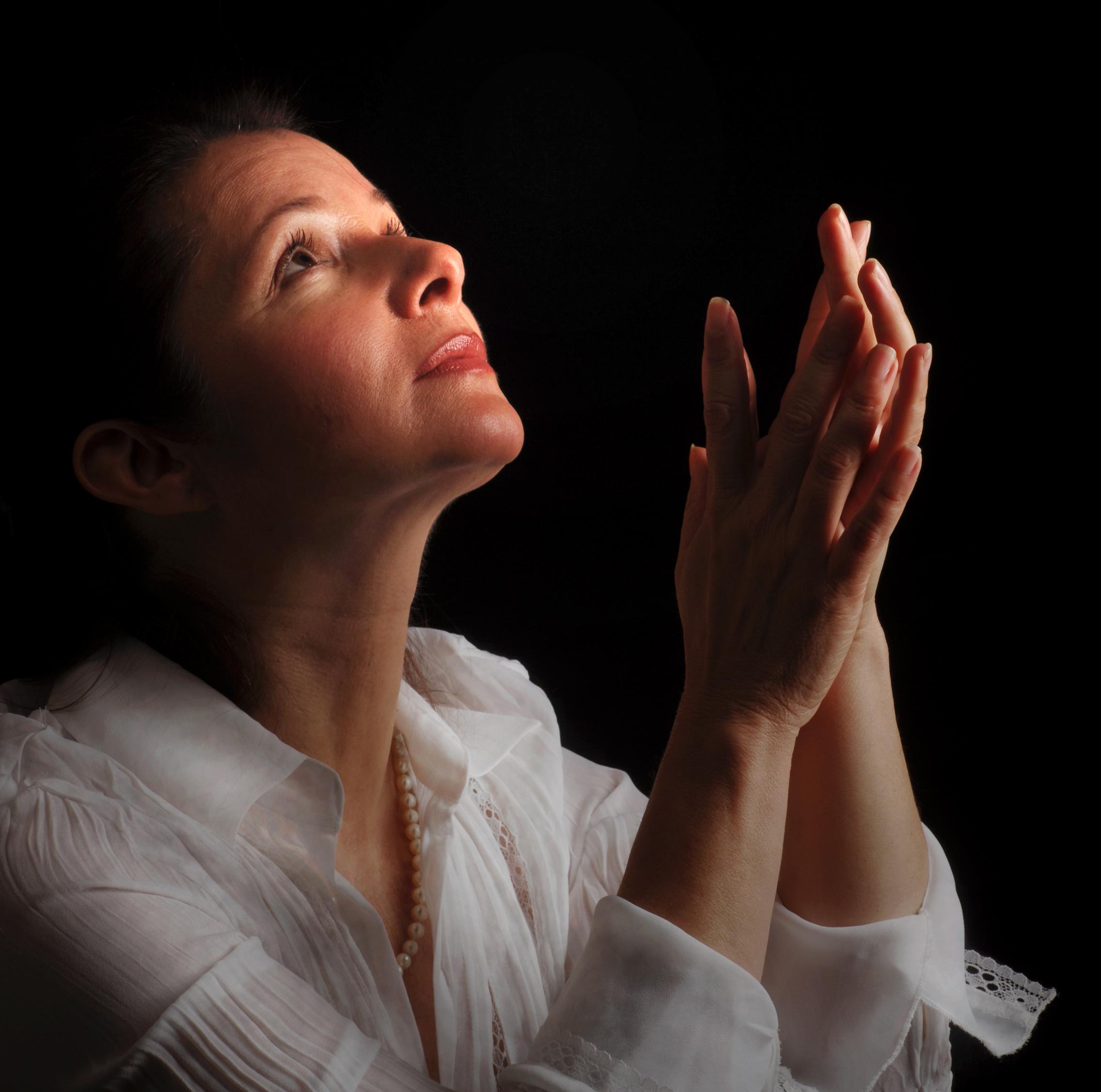 woman-praying1 bing.com images